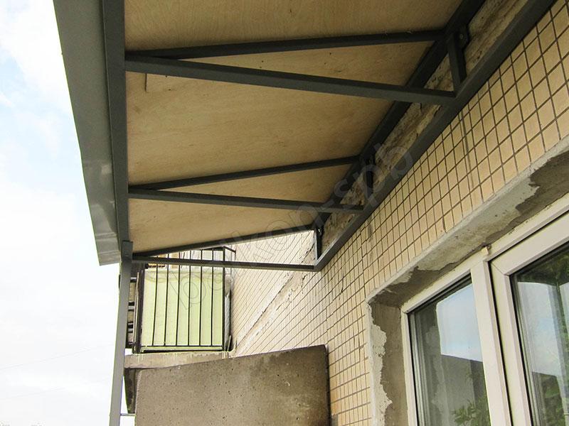 Крыша для балкона - самые недорогие варианты.