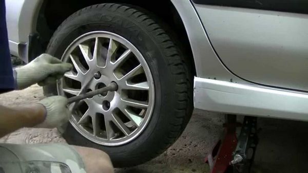 remont tormoznogo cilindra zadnego kolesa 1