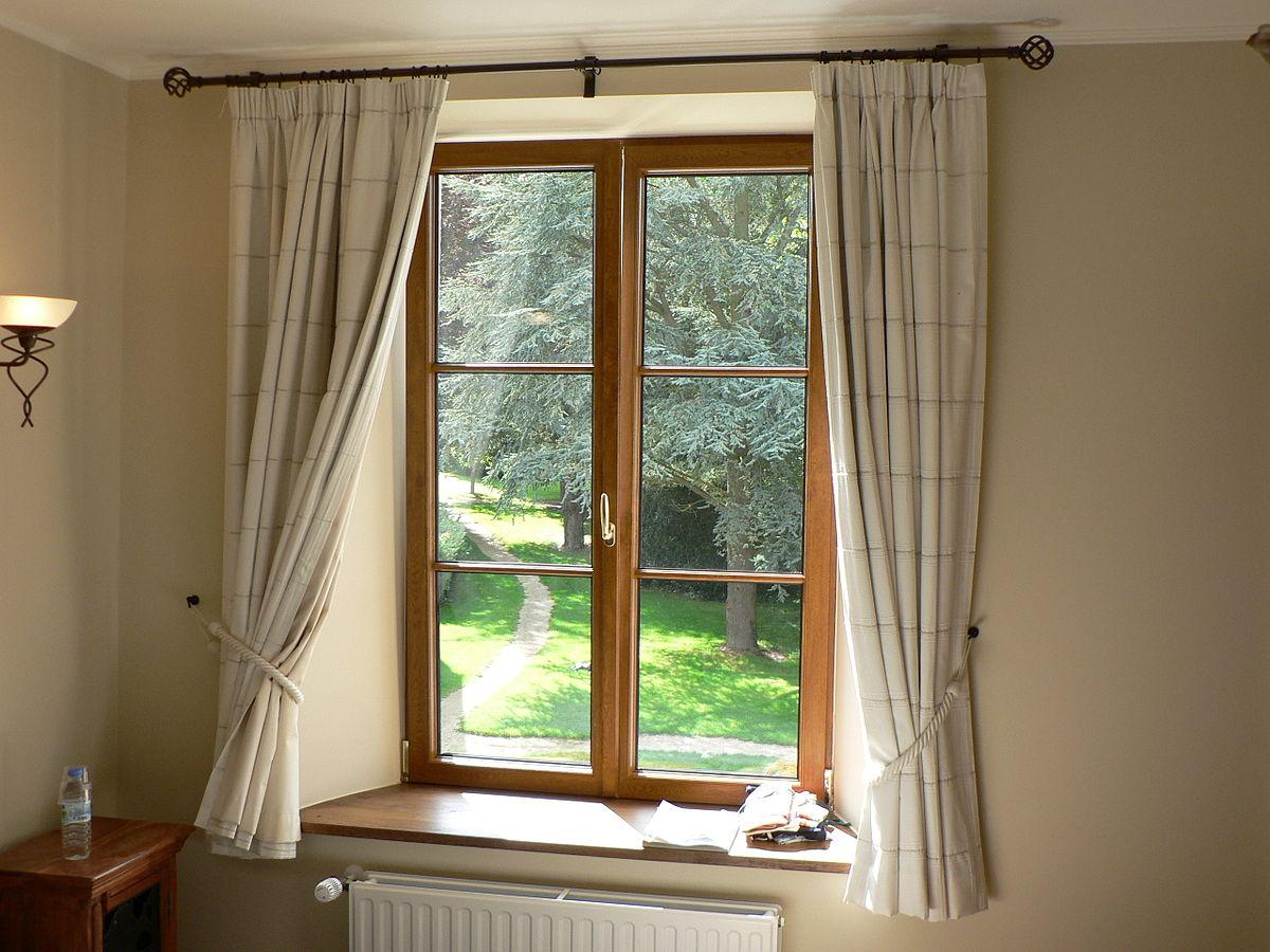 1200px Gordijnen aan venster
