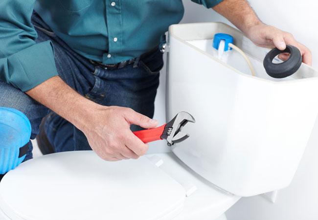 fixing toilet